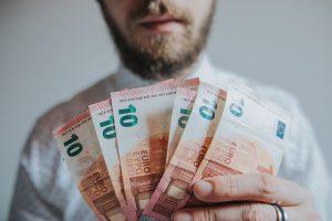 Тенденции и перспективи пред пазара на изкупуване на дългове